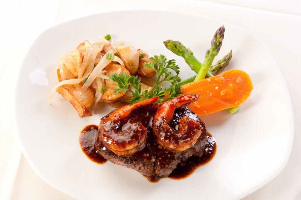 052-Dario's 8oz. Filet Mignon Cajun Style